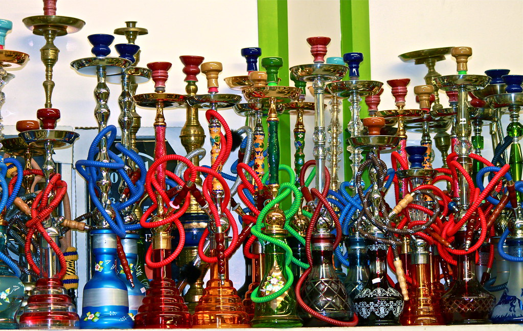 What to Consider When Buying a Hookah Online